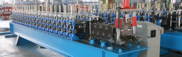 TOP CROSS RAIL ROLL FORMING MACHINE